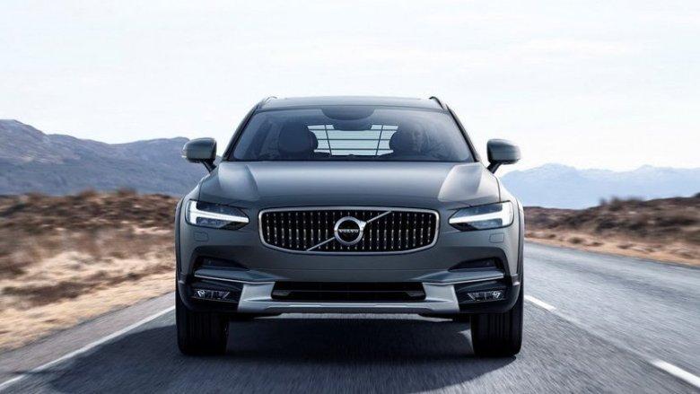 Volvo apresenta V90 Cross Country