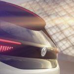 """Volkswagen mostra teasers de seu hatch elétrico """"tão revolucionário quanto o Fusca"""""""