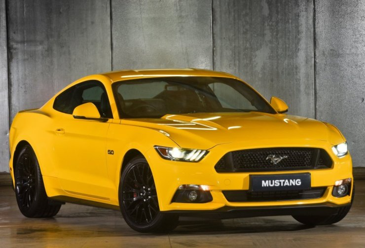 ford_mustang_gt_fastback_18