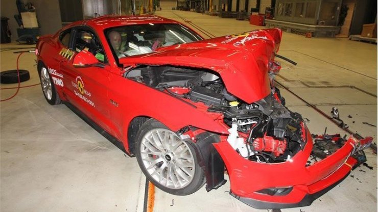 Mustang crash test