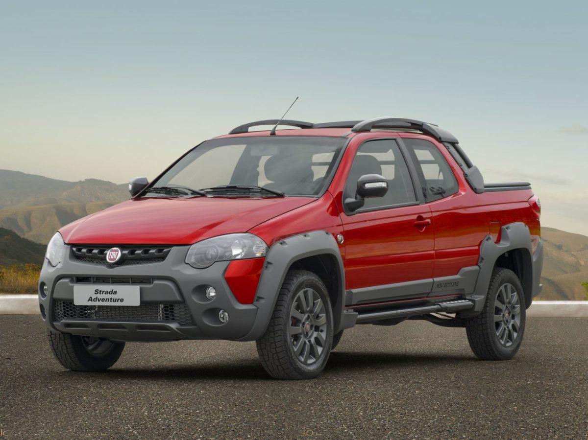 Fiat Strada Adventure ganha multimídia e Working tem acabamento para se sujar