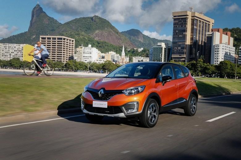 Avaliação – Câmbio CVT empresta mais conforto no rodar e eficiência ao Renault Captur Intense