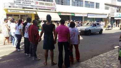 Foto de Motoqueiro foge após atropelar e matar mulher no Centro de Viçosa