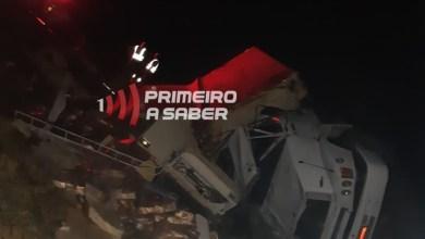 Photo of Caminhão tomba na Serra de São Geraldo