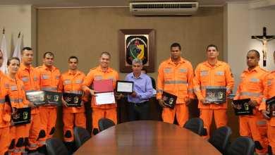 Photo of Bombeiros recebem homenagem pela Operação Brumadinho