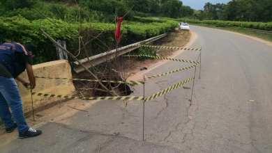 Photo of Buraco é formado em ponte que liga São José do Triunfo a Cachoeirinha