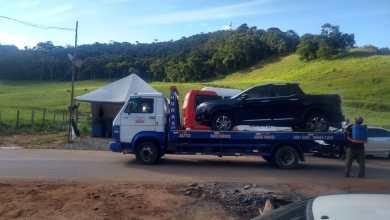 Foto de Condutor de carro é detido ao tentar passar em barreira que liga Viçosa a São Miguel do Anta