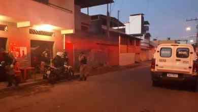Photo of Dono de bar e cliente morrem após serem baleados na Avenida das Arábias em Viçosa
