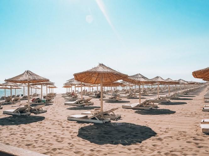 Ulcinj: um pouquinho dos 12km de areias branquinhas da famosa praia