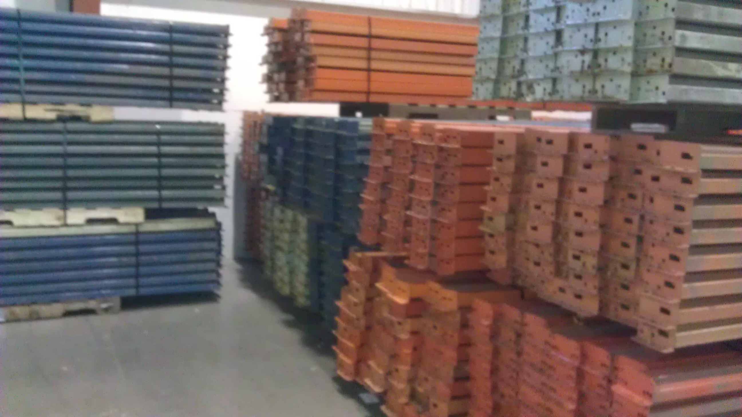 Top 4 Considerations For Buying Pallet Racking Warehouse
