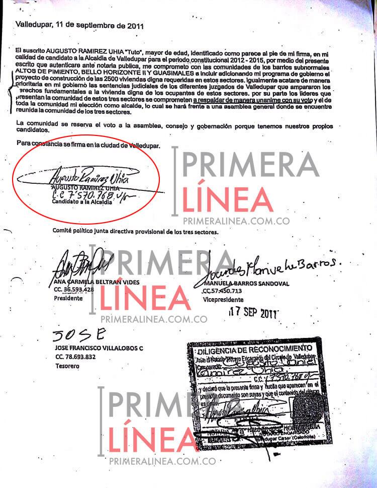 Documento donde Augusto Ramírez Uhía se compromete a entregar casas a cambio de votos.
