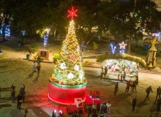 Presidente Municipal le desea a todos una Feliz Navidad