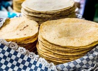 En el pasado mes de febrero se incrementó entre uno y dos pesos llegando a su tope máximo. https://www.milenio.com/negocios/tamaulipas-viene-nuevo-aumento-al-precio-de-la-tortilla