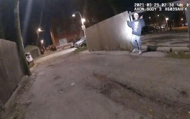 policía MATÓ a perrito y a su dueño durante ataque con CUCHILLO