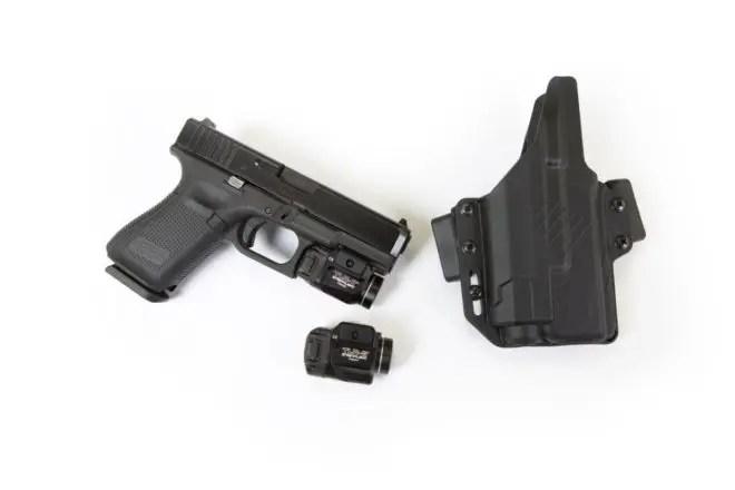 Raven Concealment Perun LC Glock 19 TLR-7