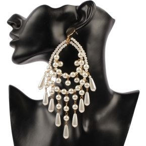 womens faux pearl earrings