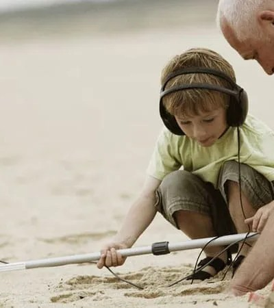Metal Detecting Like One of the Most Exciting Outdoor Hobby for your Kids