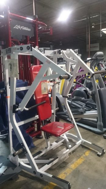 Hammer Strength Iso Bench Press (Plate Loaded) 1