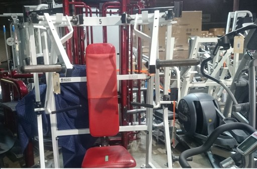 Hammer Strength Iso Bench Press (Plate Loaded) 2