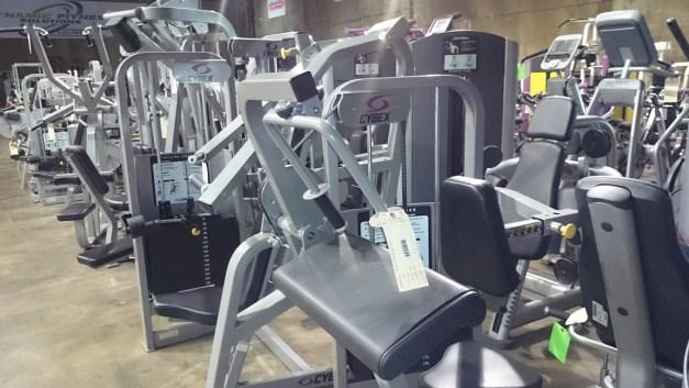 Cybex VR2 Strength Line 2