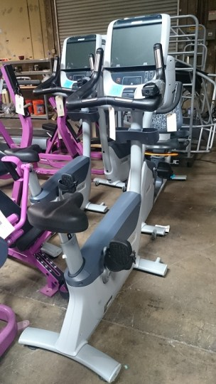 Precor UBK 885 Upright Bike 1