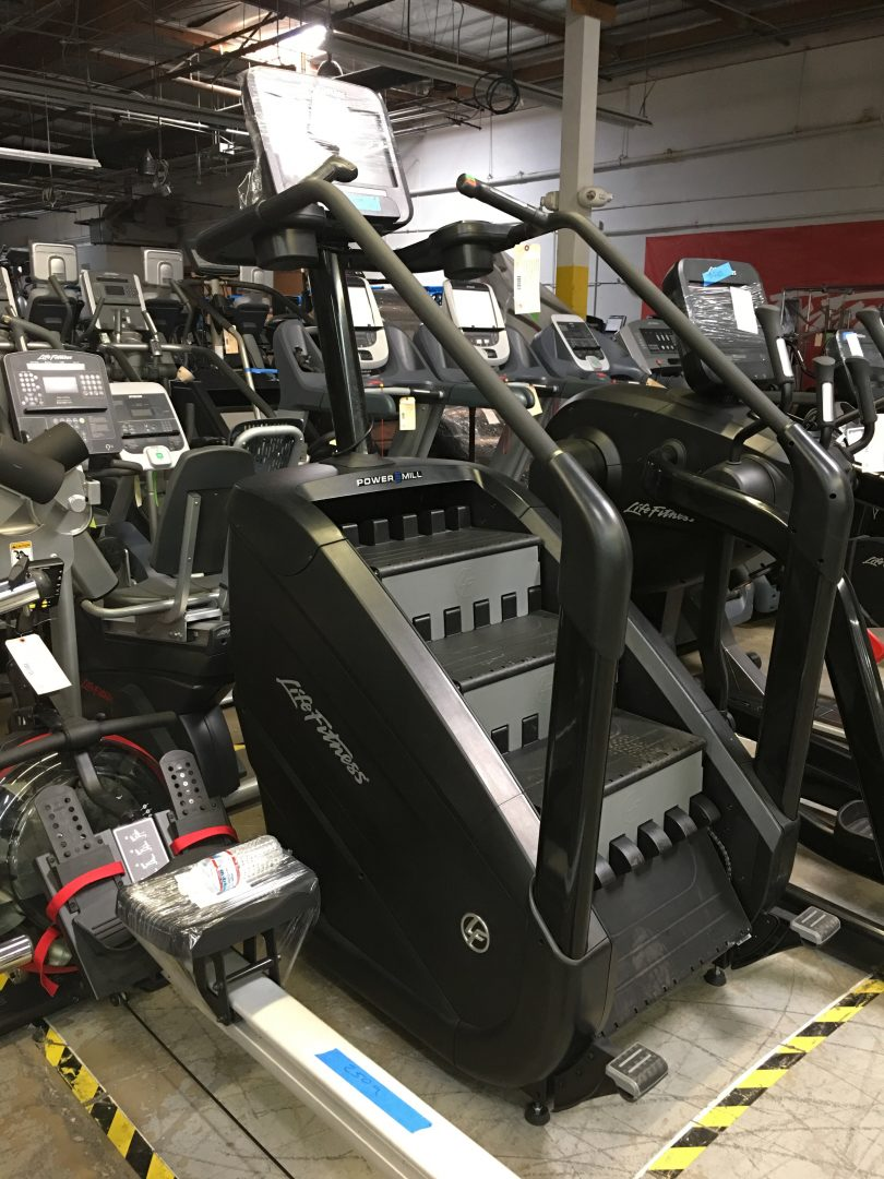 Life Fitness Discover Powermill w// 16 Console