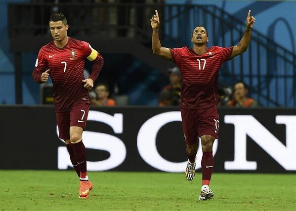 Luis Nani și Cristiano Ronaldo în naționala Portugaliei. Sursă foto: 101greatgoals.com