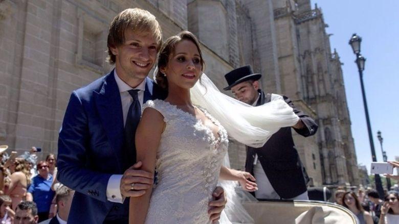 Ivan Rakitic și Raquel. Sursă foto: goal.com