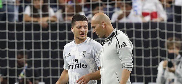 Zidane refuză să-l vândă pe Jovic. Sursă foto: goal.com