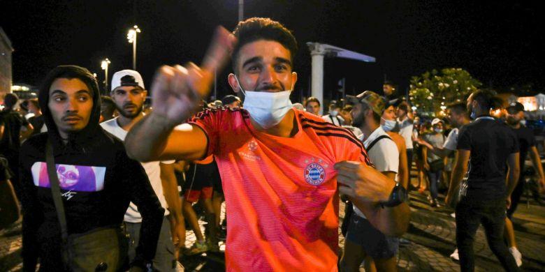 Fan al lui Marseille în tricoul lui Bayern. Sursă foto: goal.com