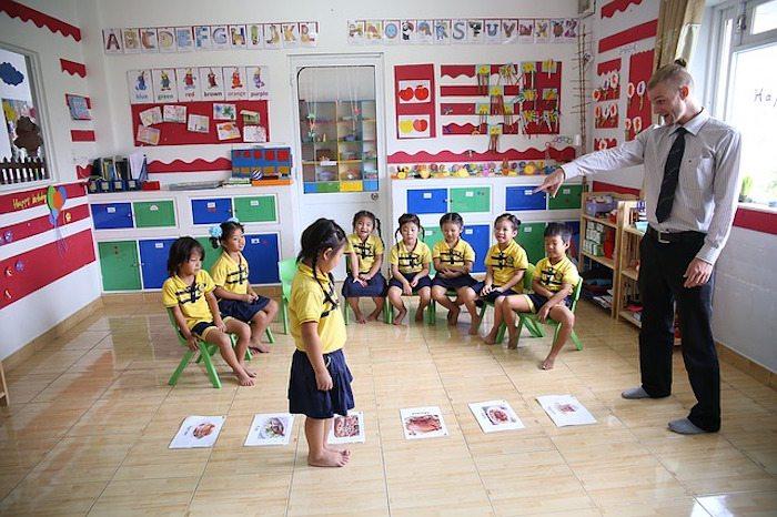 teaching english | types of teaching overseas