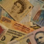 Iran i Indija odbacuju dolar za trgovinu naftom