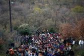 refugees-migrants-greece-macedonia-river (2)