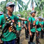 Komunisti zarobili vojnike i policajce u osveti zbog smrti demonstranata