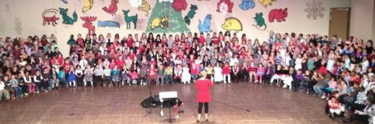 cropped-woodson-holiday-sing.jpg