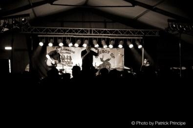 Reverend Beat-Man with Nicole García and Delaney Davidson @ Muddy Roots Belgien © 19.06.2015 Patrick Principe
