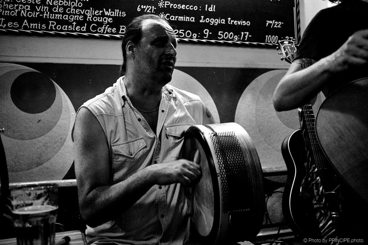 Menic & The Buncrana Firecrackers @ Les Amis © 02.07.2018 Patrick Principe