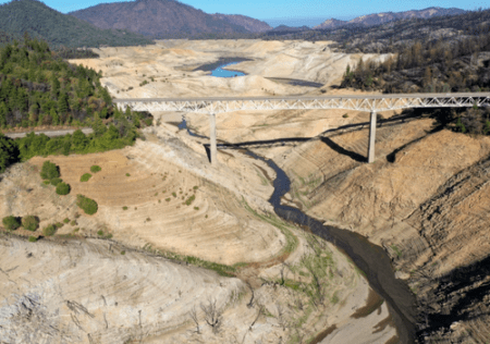 Lake Oroville Hydro Power Plant Shut Down Due To drought Dam