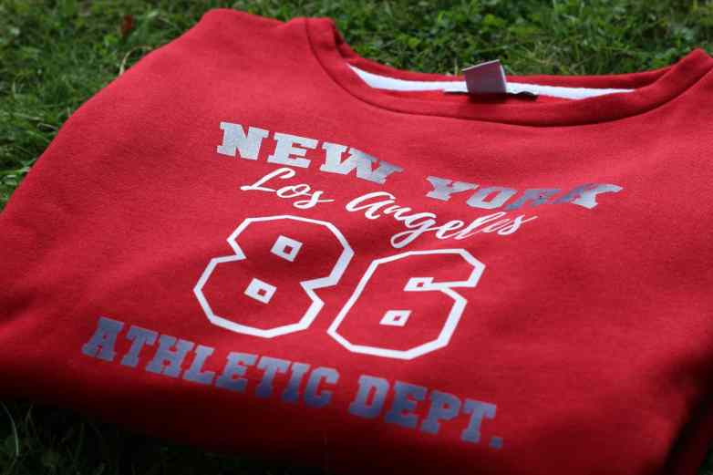 New York printed jumper