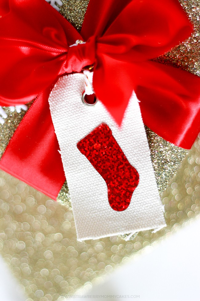 How To Make Sparkly HTV Stocking Gift Tags 100