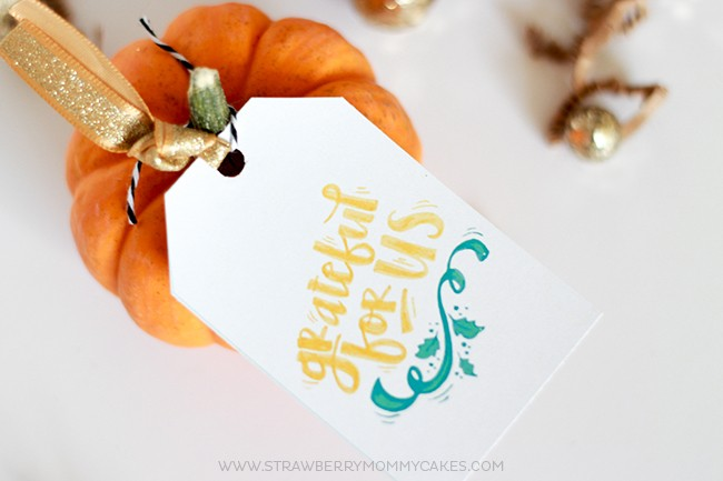 "Show someone you care with these ""Grateful for Us"" Printable Thanksgiving Gift Tags...Download them for FREE!"