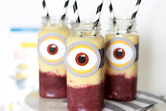 yummy-and-easy-2-flavored-minion-smoothie-5