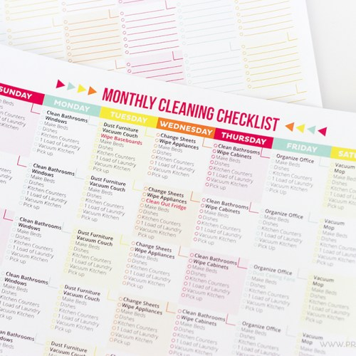 Get your home clean and organized with this FREE Printable Cleaning Schedule and Checklist! It includes a daily and monthly checklist, so you make sure everything gets done!