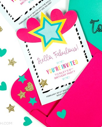 Custom invitation using a cricut machine