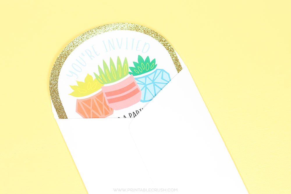 Make your own DIY Envelope and invitation in Cricut Design Space