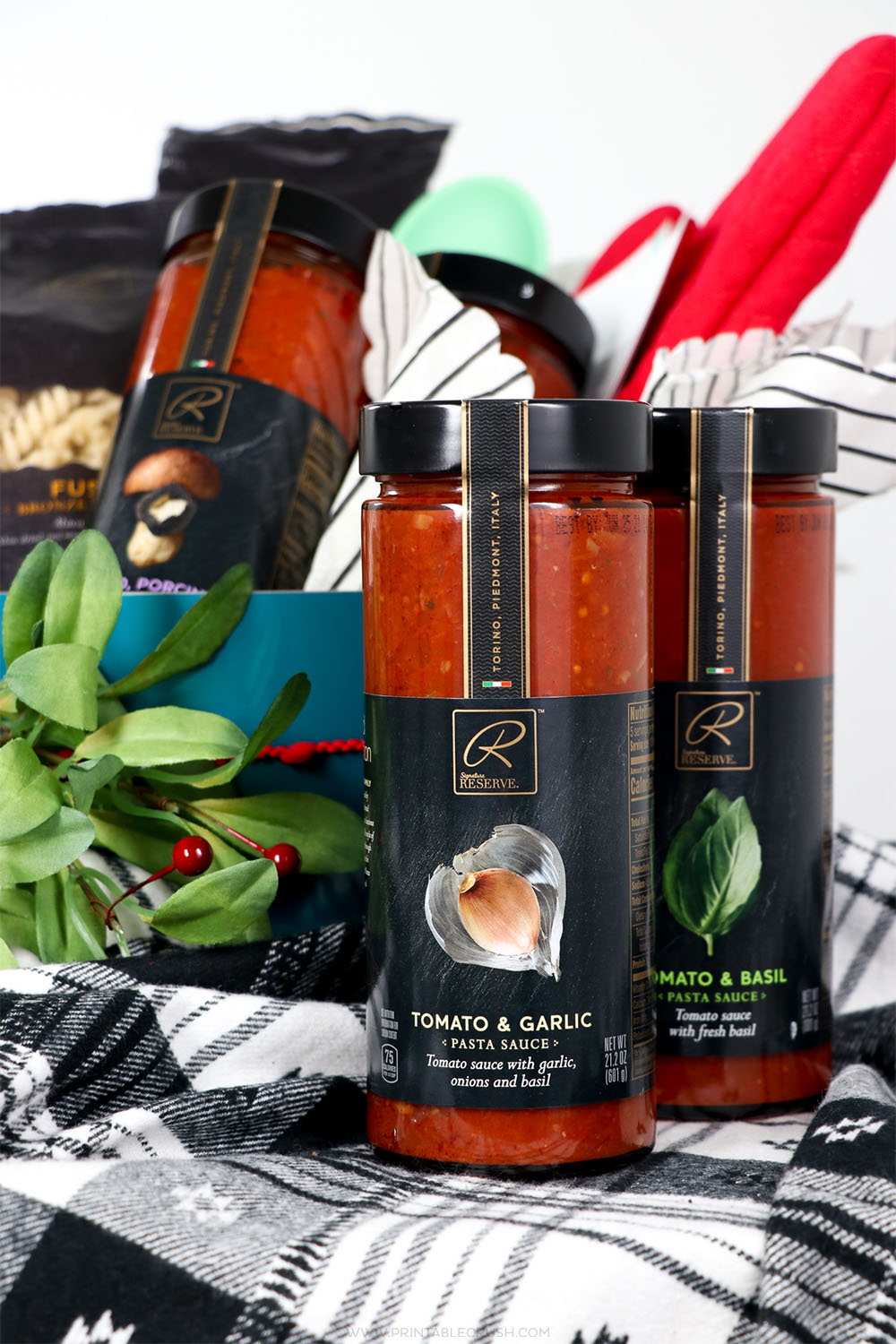 Use gourmet Signature RESERVE™ pasta and sauces for this Newlywed Christmas Gift Basket Idea!