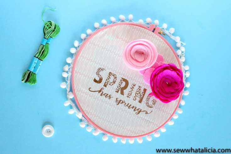 DIY Spring Wreath - Sew What, Alicia?