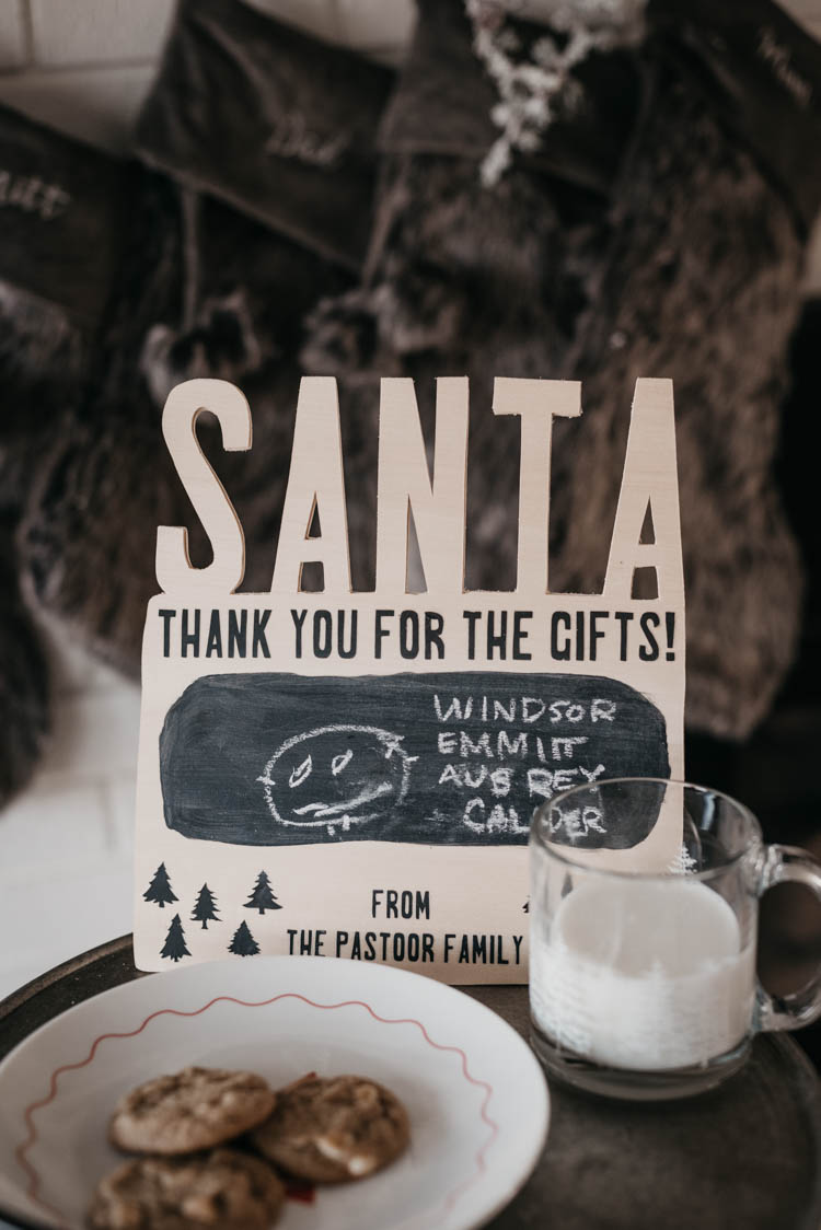 Cricut Santa Sign