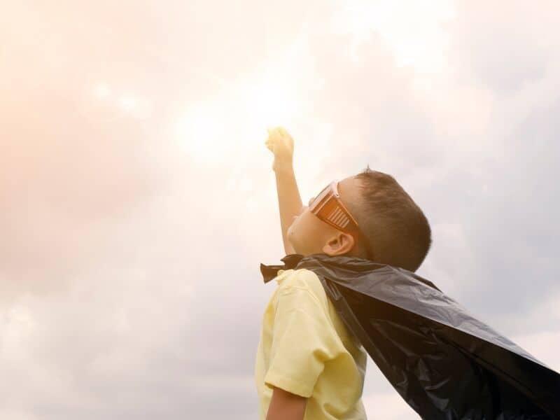child-wearing-super-hero-cape