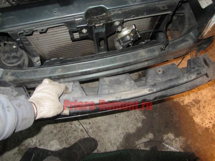 замена усилителя переднего бампера на Приоре